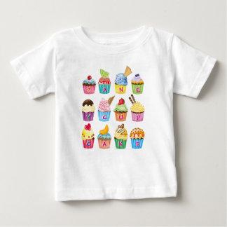 Camiseta Para Bebê Presentes cozidos do monograma dos cupcakes doce