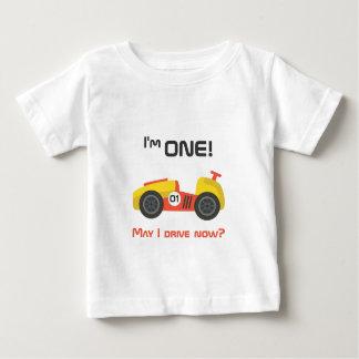 Camiseta Para Bebê Primeiro aniversário, carro de corridas, texto
