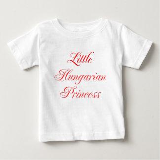 Camiseta Para Bebê Princesa húngara pequena