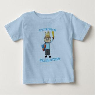 Camiseta Para Bebê Príncipe pequeno - big brother