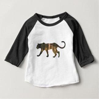 Camiseta Para Bebê puma-em-floresta