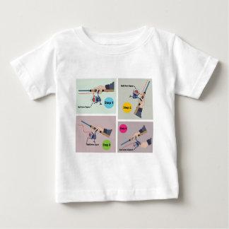 Camiseta Para Bebê Quatro etapas para moldar a haste de giro com