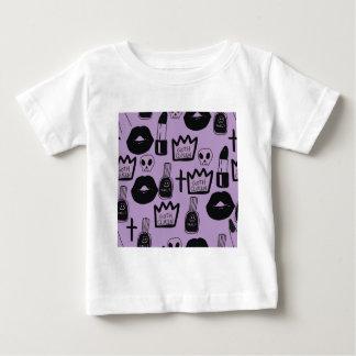 Camiseta Para Bebê rainha gotica purpura
