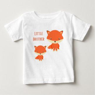 Camiseta Para Bebê Raposas do irmão mais novo
