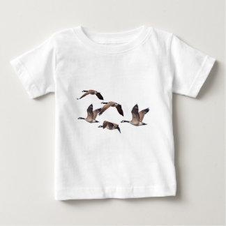 Camiseta Para Bebê Rebanho de gansos selvagens