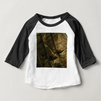 Camiseta Para Bebê rochas cinzentas do burburinho