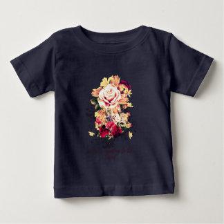 Camiseta Para Bebê Rosas e lilac. O amor está querendo ser amado