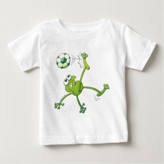Camiseta Para Bebê Sapo que executa um pontapé de Bycicle com uma