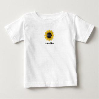 Camiseta Para Bebê Seja luz do sol