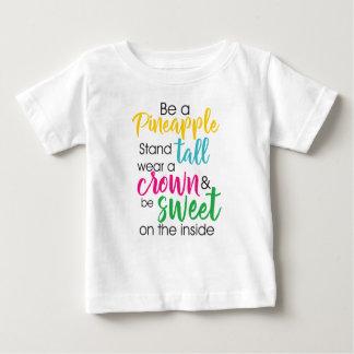 Camiseta Para Bebê Seja um abacaxi