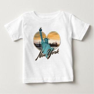 Camiseta Para Bebê Senhora Liberdade da lembrança da skyline da Nova
