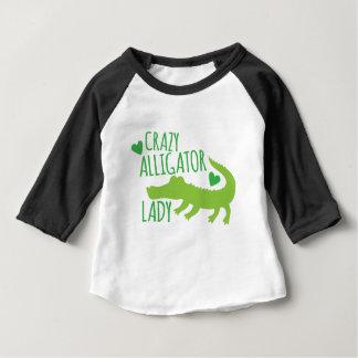 Camiseta Para Bebê senhora louca do jacaré