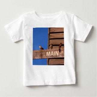 Camiseta Para Bebê Sentido procurando