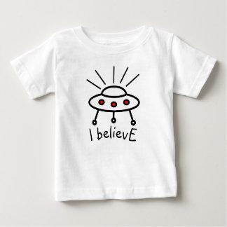 Camiseta Para Bebê Seu próprio UFO do texto eu acredito a alienígena
