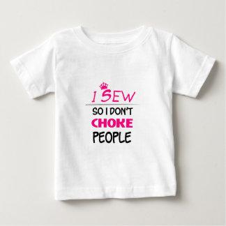 Camiseta Para Bebê sew, sewing o amor da mulher