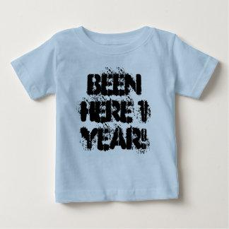 Camiseta Para Bebê Sido aqui 1 ano!