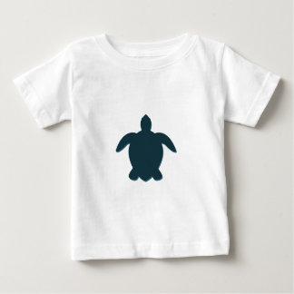 Camiseta Para Bebê Silhueta da tartaruga de mar com sombra