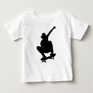 Camiseta Para Bebê Silhueta Skateboarding do truque
