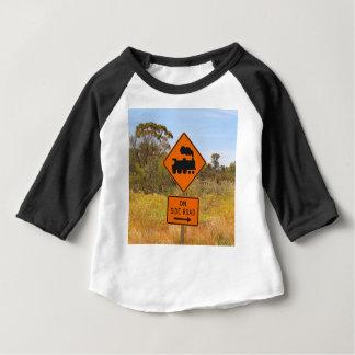 Camiseta Para Bebê Sinal locomotivo do motor do trem, Austrália