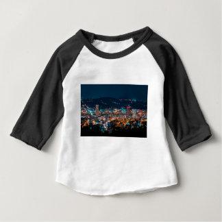 Camiseta Para Bebê Skyline da noite de Portland