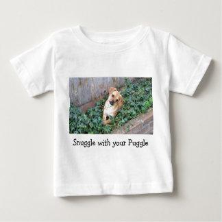 Camiseta Para Bebê Snuggle com seu t-shirt do bebê de Puggle