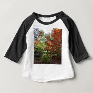 Camiseta Para Bebê Solidão procurando