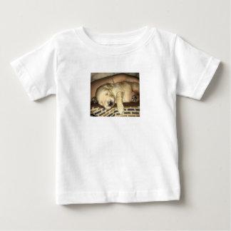 Camiseta Para Bebê Sono dourado do filhote de cachorro do Doodle