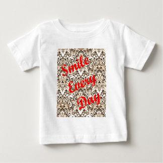 Camiseta Para Bebê Sorri cada dia
