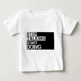Camiseta Para Bebê Stop_talking