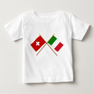 Camiseta Para Bebê Suiça e bandeiras cruzadas Italia