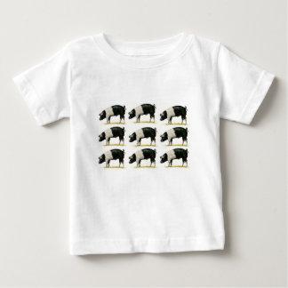 Camiseta Para Bebê suínos em seguido