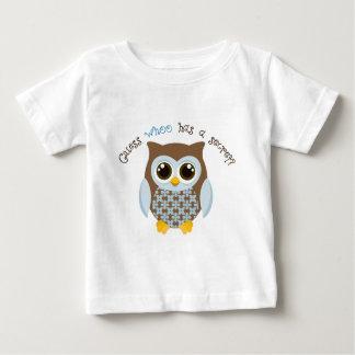 Camiseta Para Bebê Suposição que tem um big brother secreto