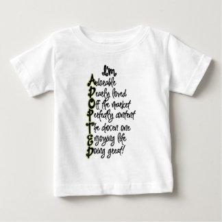 Camiseta Para Bebê T-shirt adotado