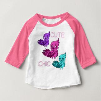 Camiseta Para Bebê T-shirt chique bonito com capas