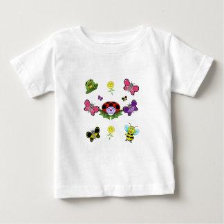 Camiseta Para Bebê T-shirt colorido do bebê do jardim