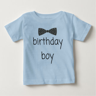 Camiseta Para Bebê T-shirt Dapper do menino do aniversário com laço