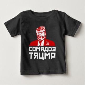 """Camiseta Para Bebê T-shirt do bebê do protesto do trunfo: """"CAMARADA"""