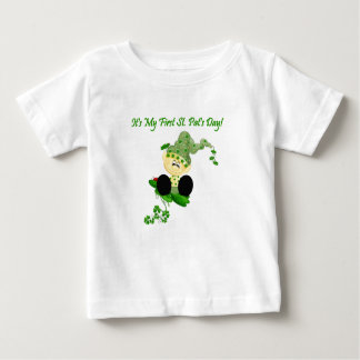 Camiseta Para Bebê T-shirt do dia do St. Patricks do Leprechaun do