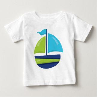 Camiseta Para Bebê T-shirt dos bebés do veleiro da praia do