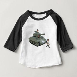 Camiseta Para Bebê Tanque e soldados dos desenhos animados que vão