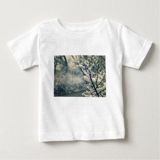 Camiseta Para Bebê Tapete do rato nevado da árvore