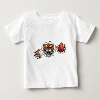 Camiseta Para Bebê Tigre que guardara a bola de grilo que quebra o