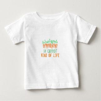 Camiseta Para Bebê tipo de 14 cenouras do T da vida