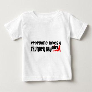 Camiseta Para Bebê Todos ama uma menina de Thunder Bay