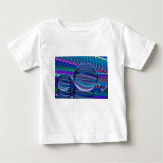 Camiseta Para Bebê Três bolas de vidro na cor
