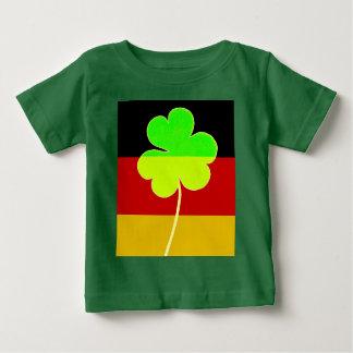 Camiseta Para Bebê Trevo alemão irlandês St Patrick do trevo da