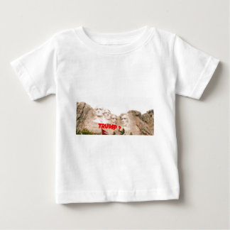 Camiseta Para Bebê Trunfo do Monte Rushmore?