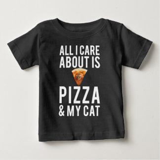 Camiseta Para Bebê Tudo cuidado de i é aproximadamente pizza & meu