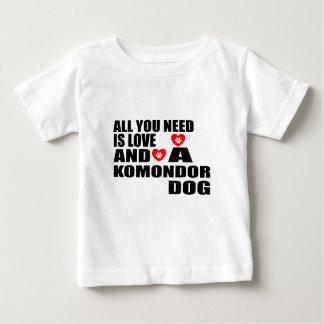 Camiseta Para Bebê Tudo você precisa o design dos cães do amor