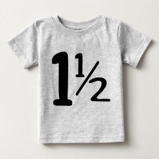 Camiseta Para Bebê Um ano e meio Tshirt da criança